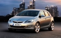 Vauxhall's all-new Astra breaks cover in first official pics