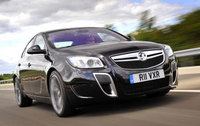 World's fastest man to drive Insignia at Festival of Speed