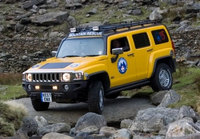 Hummer to the rescue