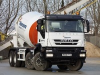 Iveco Trakker eight wheeler enters the mix with Hanson operator