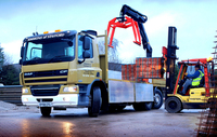 Low weight, rear-steer DAF works well in a tight spot