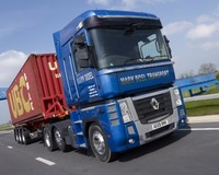 Renault Magnums for Mark Doel Transport