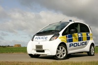 Mitsubishi i MiEV City Car helps Police Forces