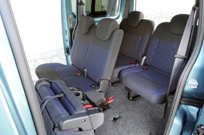 Nv200 Combi Nissan Versatility At Its Best Easier
