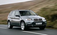 BMW X5 named luxury used car of the decade