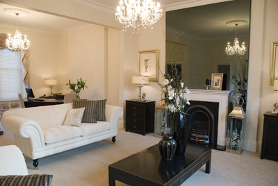 Storey homes restores regal splendour in bedford easier for Homes r us living room