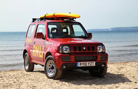 Suzuki Jimny teams up with the RNLI for safer beaches