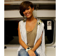 Steal Frankie Sandford's style