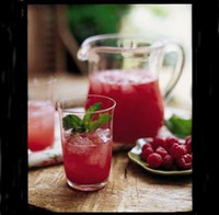 Raspberry lemonade – deliciously simple!