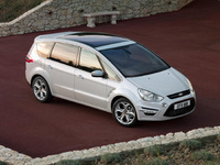 Ford S-MAX hat-trick at Auto Express New Car Awards