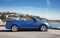 UK order books open for open-top Volkswagen Eos