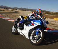 Suzuki GSX-R600 arriving in dealers next week