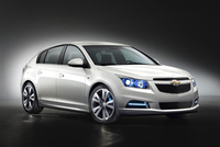 Cruze-flash! New model to hatch at Geneva