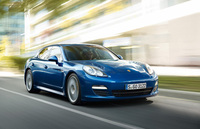 Hybrid power extends Porsche Panamera range