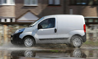 Efficient Peugeot van range delivers on 2014 CO2 targets