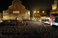 Fans pack Bologna main square for Ducati MotoGP Night