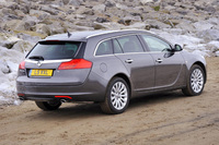 Insignia Sports Tourer clinches top award