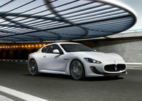 Maserati GranTurismo MC Stradale UK debut at Salon Privé