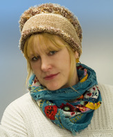 Jools models one of her popular Machat Head Wraps.