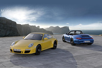 Porsche 911 Carrera 4 GTS with 408 hp and AWD