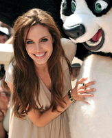 Angeline Jolie showcases jewellery line in Cannes