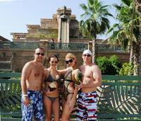 Paris Hilton enjoys herself at Atlantis, The Palm in Dubai
