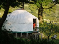 'Glamping' holidays in the UK and USA from HomeAway.co.uk