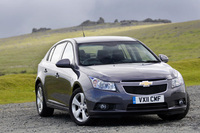Chevrolet Cruze hatchback launched at Donington Park