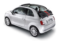 New Fiat 500CbyGucci arrives in London