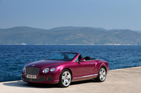 New Bentley GTC Convertible makes North American debut