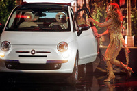 New Fiat 500 makes an onstage appearance with Jennifer Lopez