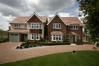 The Redrow show homes at Earl's Park, Worcester.