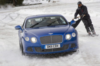 Bentley Continental GT - ski joring