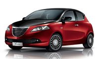 Chrysler launches new Ypsilon Black&Red