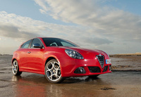 Alfa TCT semi-automatic transmission available in UK Giulietta range