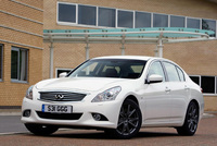 New all-wheel-drive sports saloon arrives