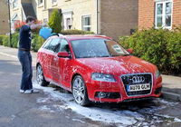 Roses key to effective car cleaning during hosepipe ban