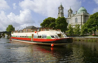 New 'Artisan' theme cruise for luxury hotel barge in Ireland