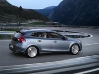 Rock-solid residual values predicted for new Volvo V40
