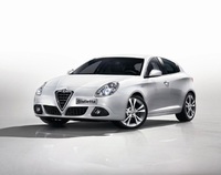 Alfa Romeo offers £500 extra trade-in allowance to drive away a Giulietta