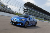 Astra VXR arrives at Rockingham