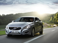 Volvo V40 and plug-in diesel hybrid V60 at the Festival of Speed