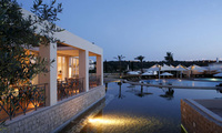 Luxury resort in the Algarve offers relaxing post-summer break