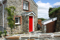 Twee Cornish bolthole sets new bar for eco cottages
