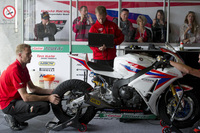 Honda customers welcome in Portimao Superbike garage
