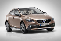 Volvo launches V40 Cross Country