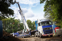 Baldwins get heavy with Volvo