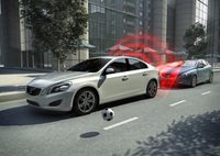 City Safety lowers insurance rating for all-new Volvo V40