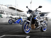 Yamaha's XJ-Series arrives in Race Blu