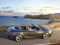 Vauxhall releases full pictures of Cascada